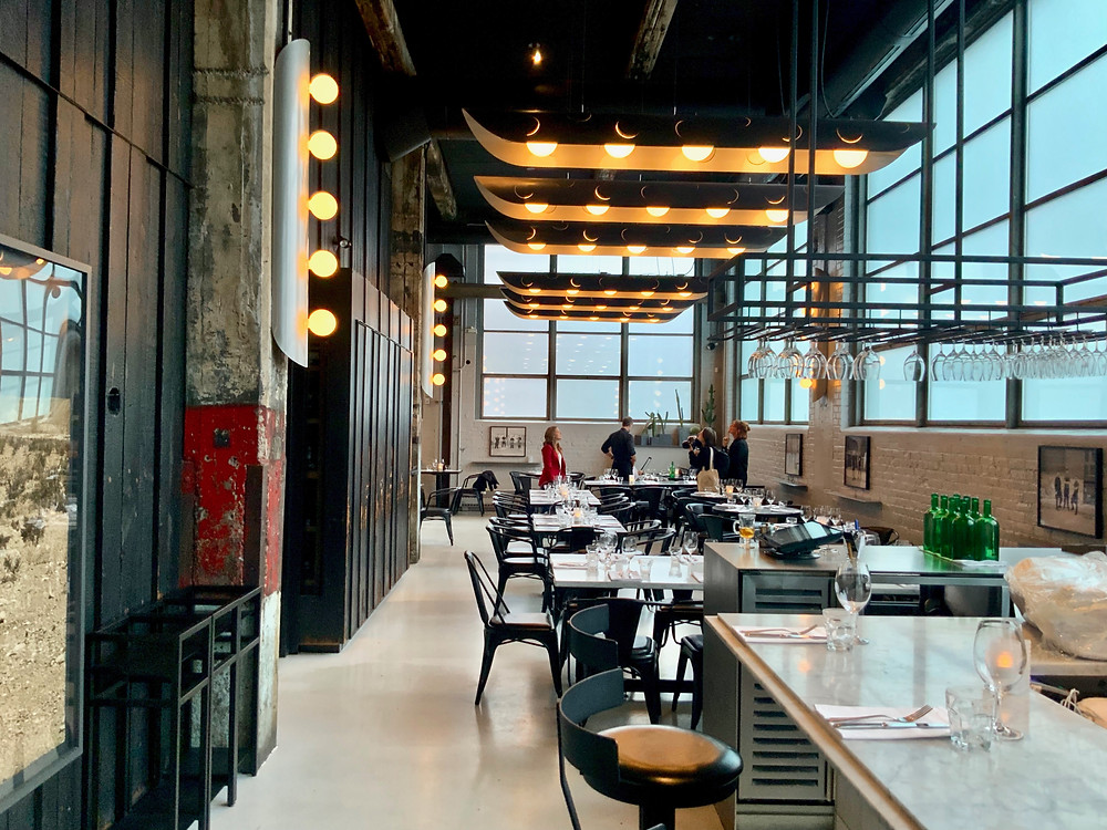Le Serpent, industrial-chic with a mile high ceiling