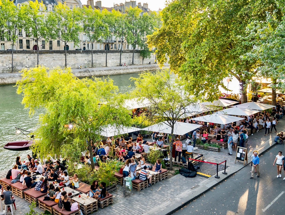 cafe on the Seine River