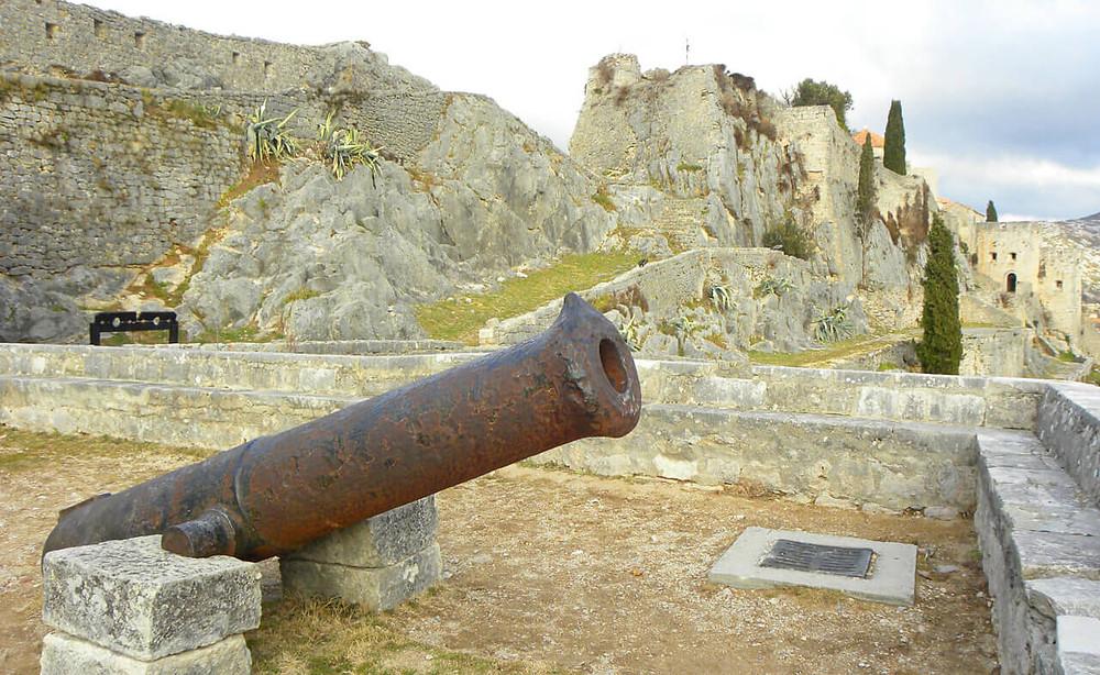 a canon at Klis Fortress