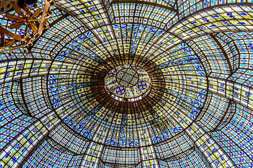 stained glass ceiling in Printemps department store
