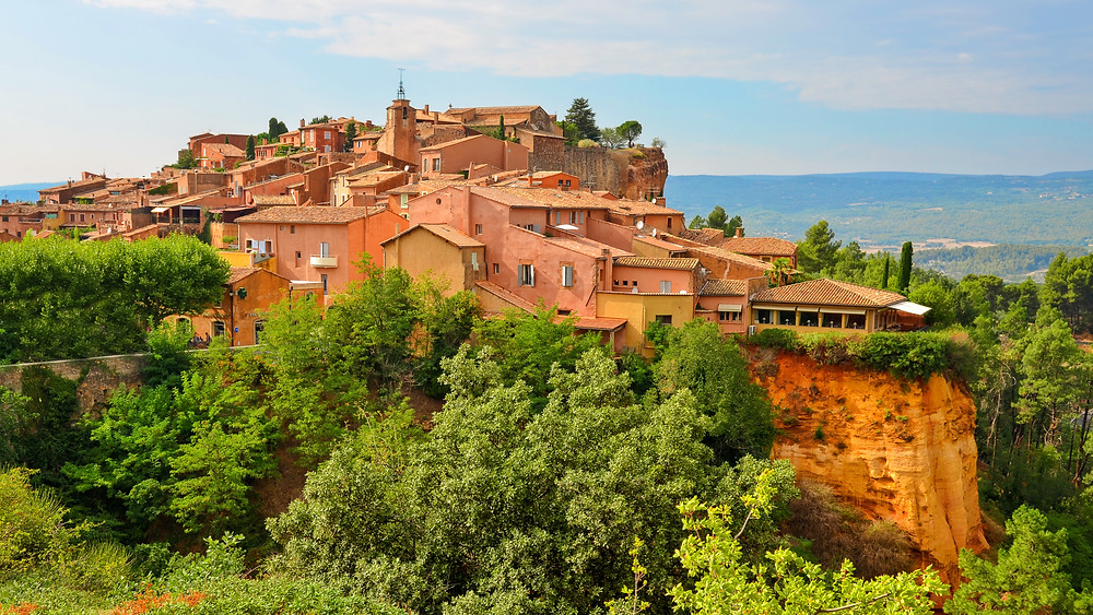 "the ""orange city"" of Roussillon in Provence"