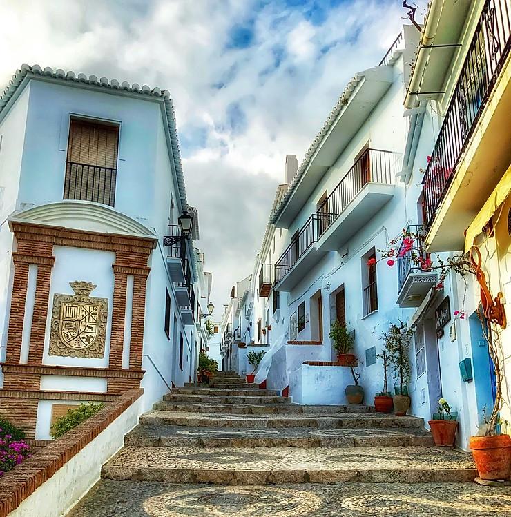 the stunning hilltop town of Frigiliana
