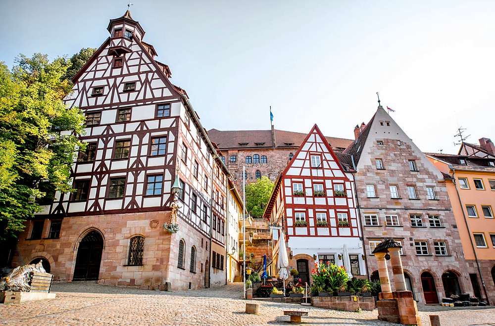 Tiergartnertorplatz, a truly beautiful square