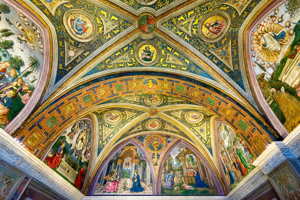 ceiling in the Borgia Apartments with Pinturicchio's Annunciation