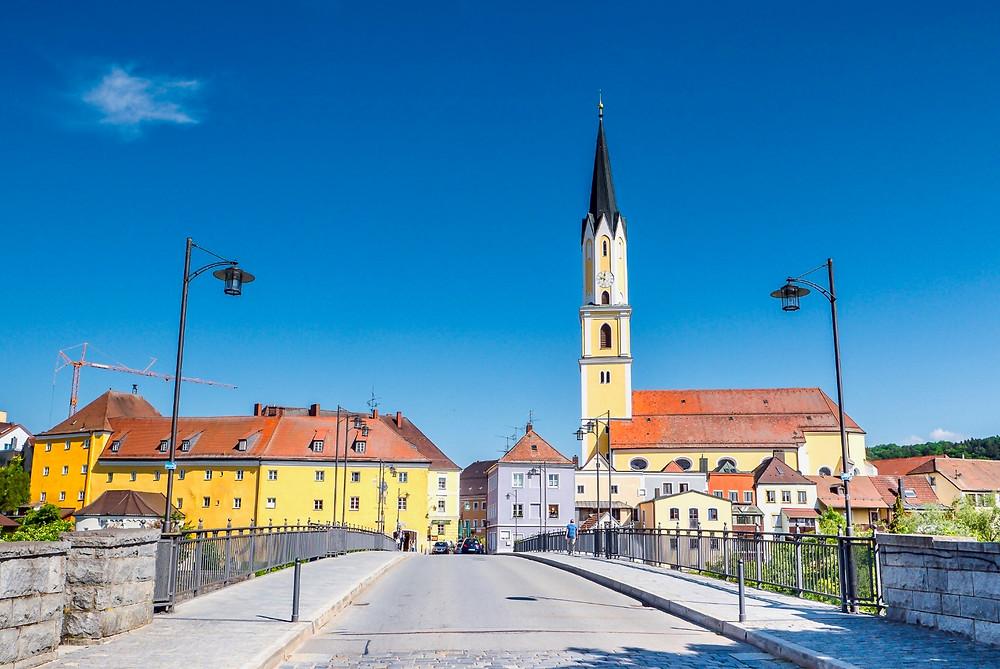 Vilshofen, with the spire of St. John the Baptist Church