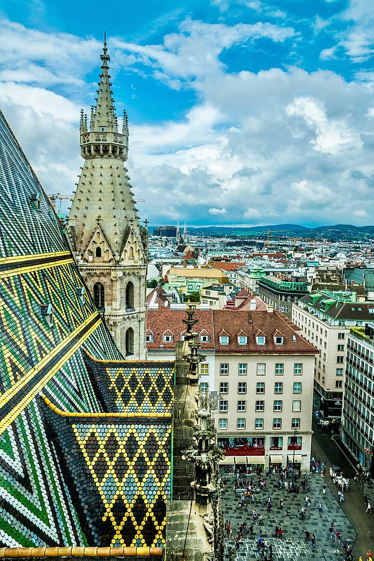 the colorful tiled roof of St. Stephen's Cathedral in Vienna