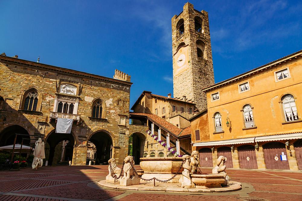 Contarini fountain on Piazza Vecchia in Bergamo