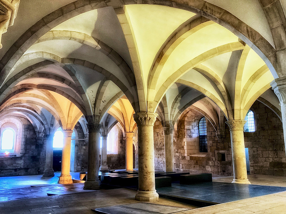 """""""palm tree"""" columns in the Monks' Hall of Alcobaca Monastery"""