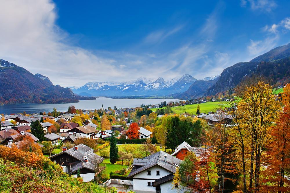 Lake Mondsee and the alpine village of Mondsee in Austria