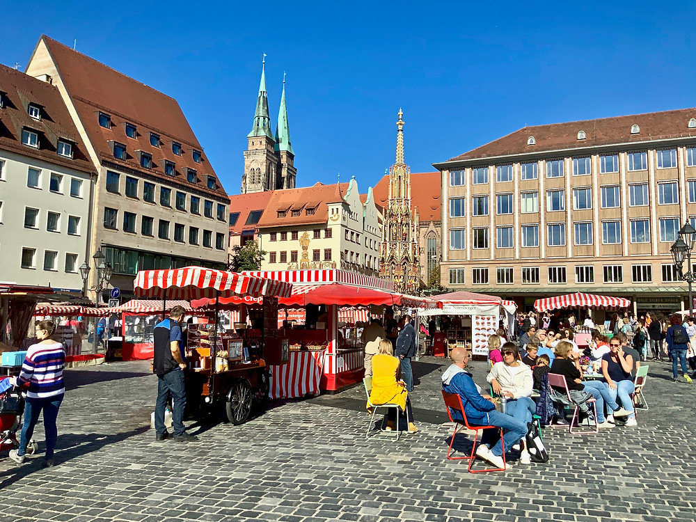 the Hauptmarkt, a perfect place to grab a bratwurst, especially on Saturday