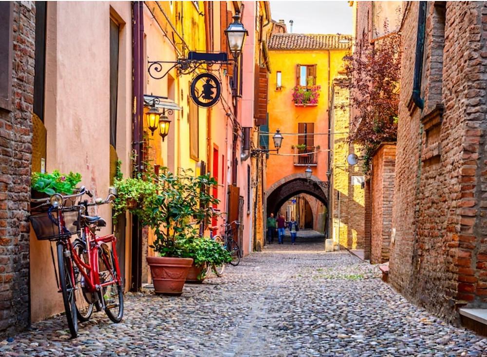 pretty street in Rome's Trastevere neighborhood