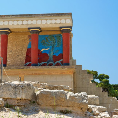 Guide To the Knossos Palace Archeological Site in Crete: Is It a Ruined Ruin?