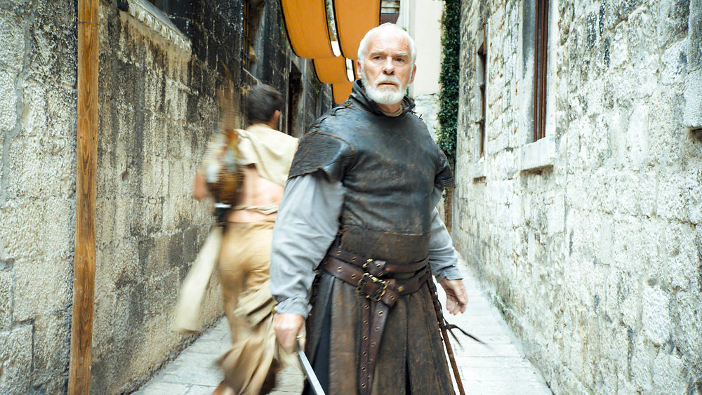 Ser Barristan fights the Sons of the Harpy in the streets of Split