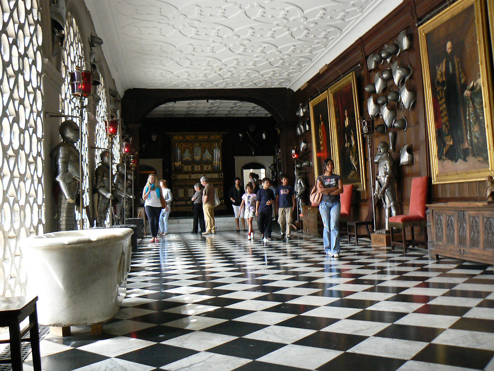 the Armory of Hatfield House, with the same black and white checkered floor as the Marble Hall