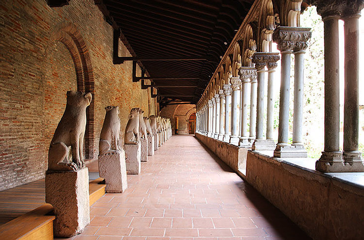 cloisters of the Musee des Augustins