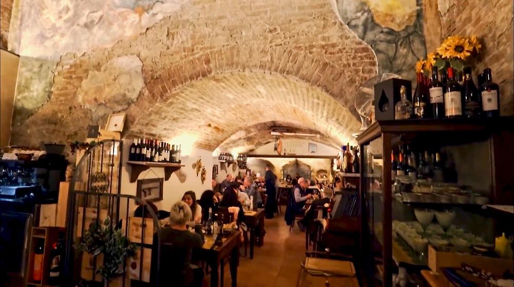 the restaurant Antica Osteria da Divo in Siena