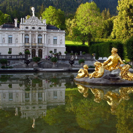 Guide To Linderhof Palace in Bavaria: Moon King Channels Sun King