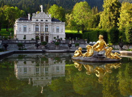 Linderhof Palace in Bavaria: Moon King Channels Sun King