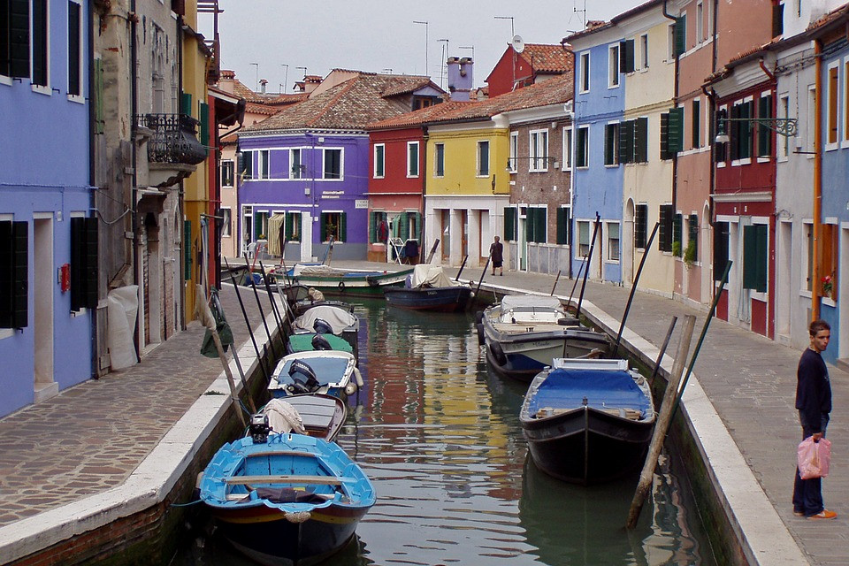 colorful houses on the island of Murano