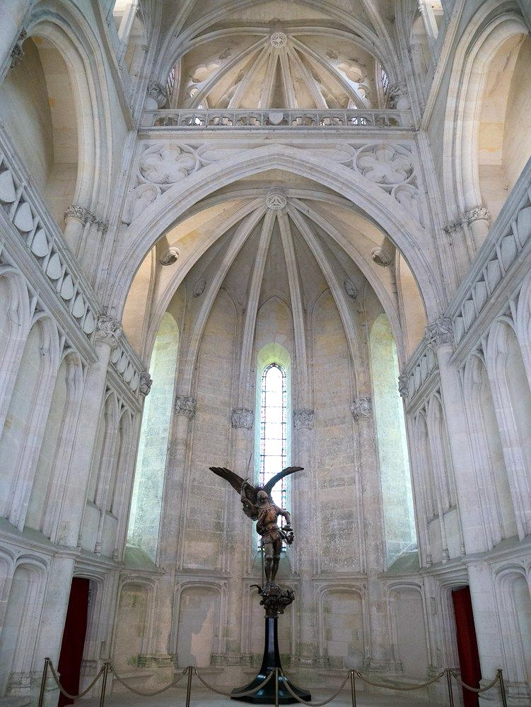 another St. George slaying the dragon statue in the royal chapel