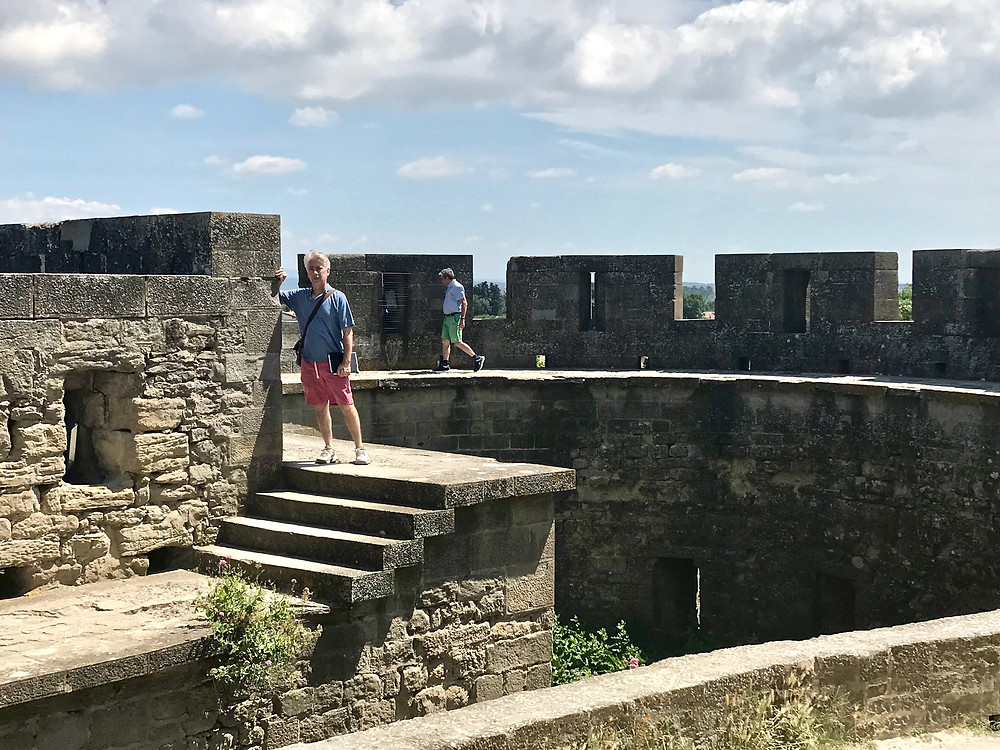 Look, almost no tourists on the ramparts of Carcassonne