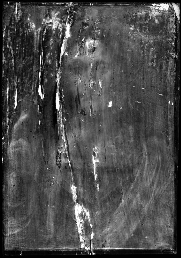 x-ray of Salvator Mundi, which shows a crack in the painting