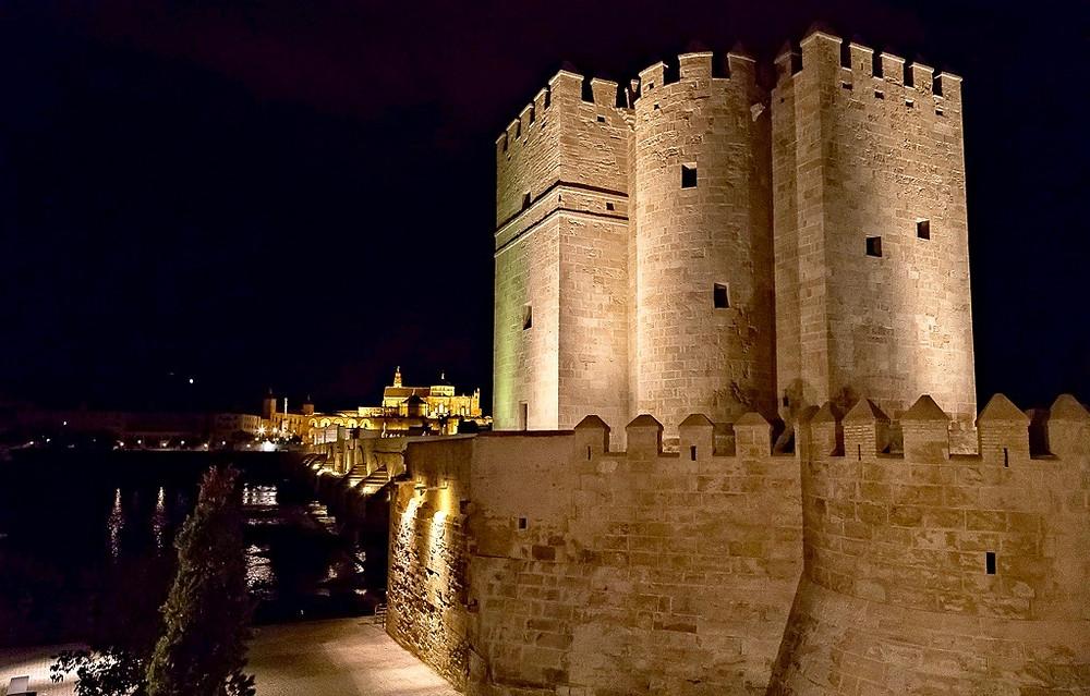 the Calahorra Tower at night