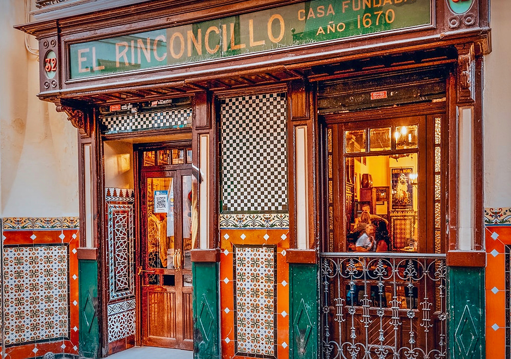 El Rinconcillo, the oldest tapas bar in Seville
