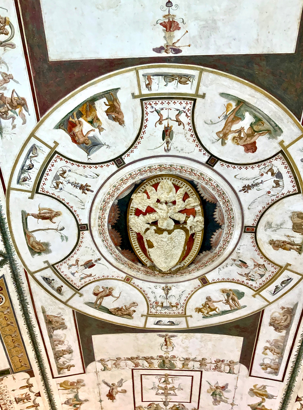 grotesque-type frescos on the ceiling in the papal apartments