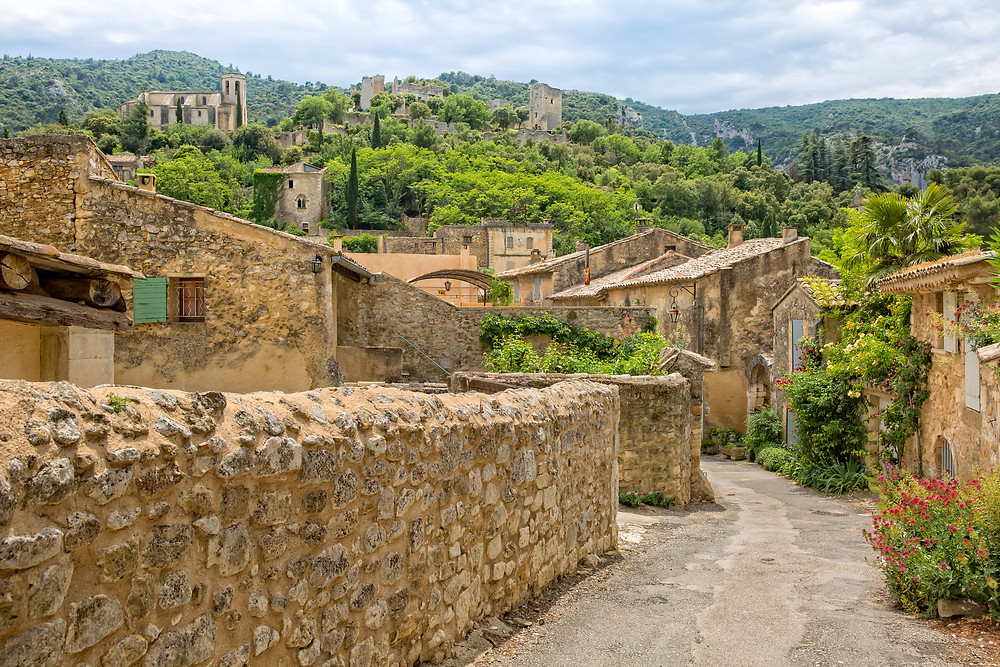 the medieval hilltop village of Oppede-le-Vieux in the Luberon