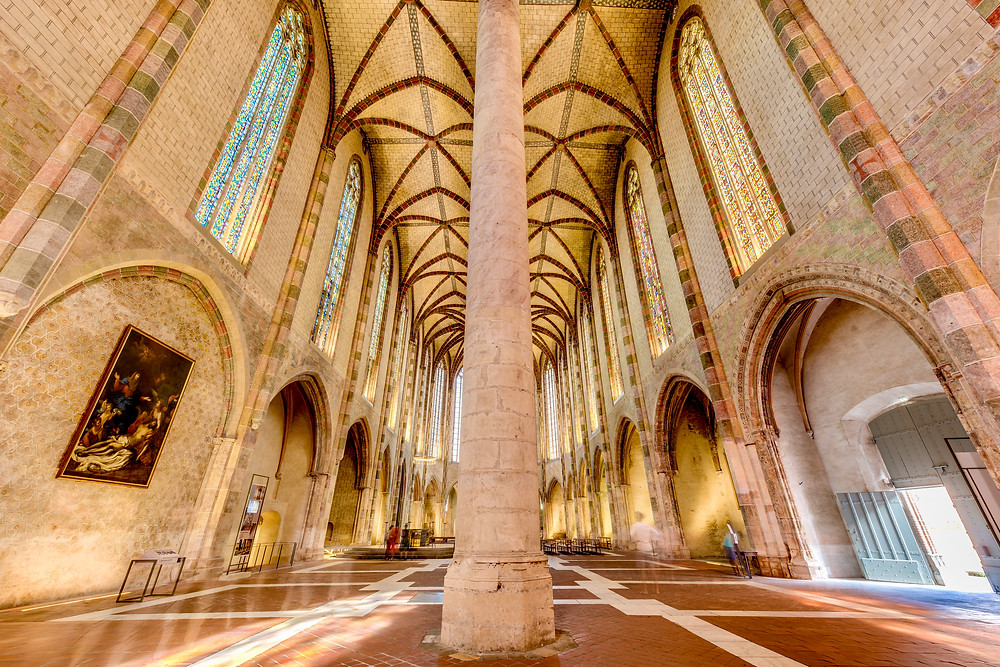 stunning interior of the Convent of the Jacobins