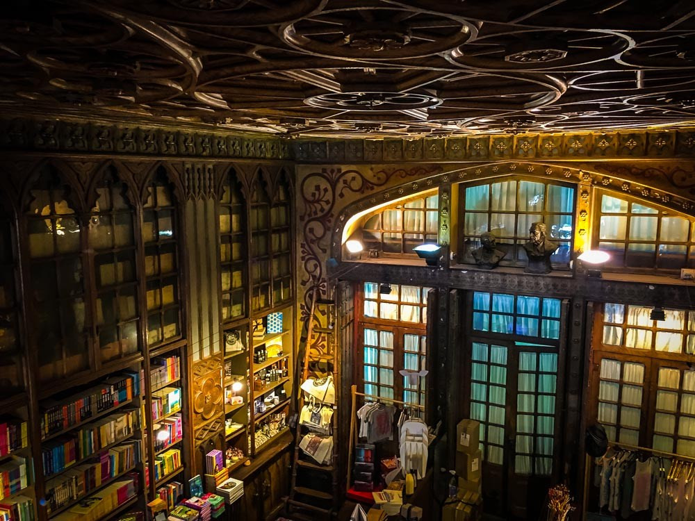 view from the second floor of Livraria Lello