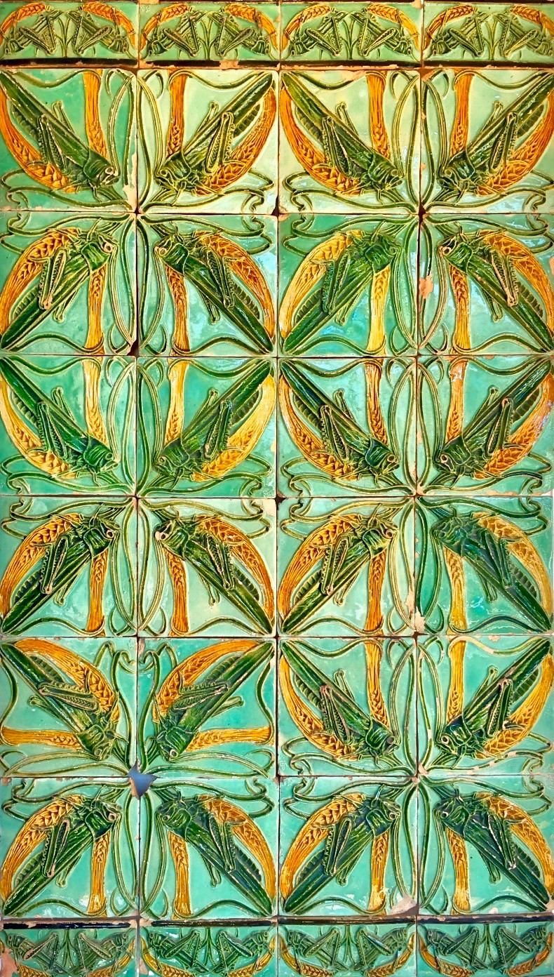 one of my favorites --  Art Nouveau tiles by Rafael Bordalo Pinheiro