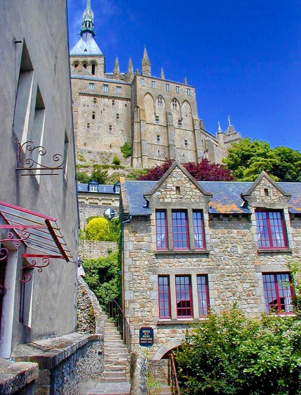 steep street in Mont Saint-Michel