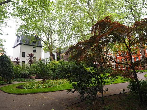 Mount Street Gardens in Mayfair