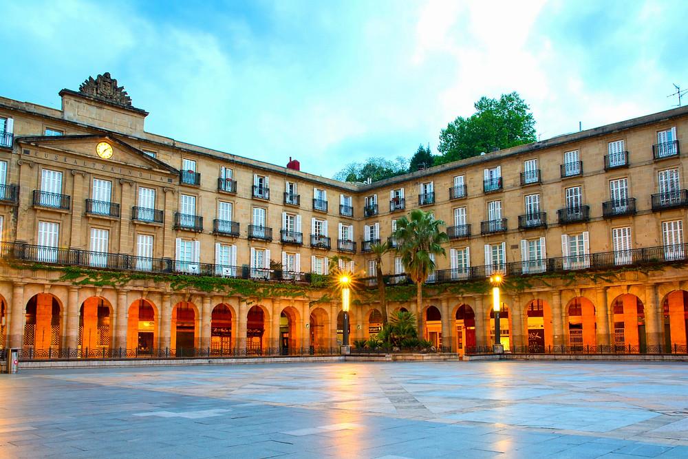 the Neoclassical Plaza Nuevo in Bilbao's old town