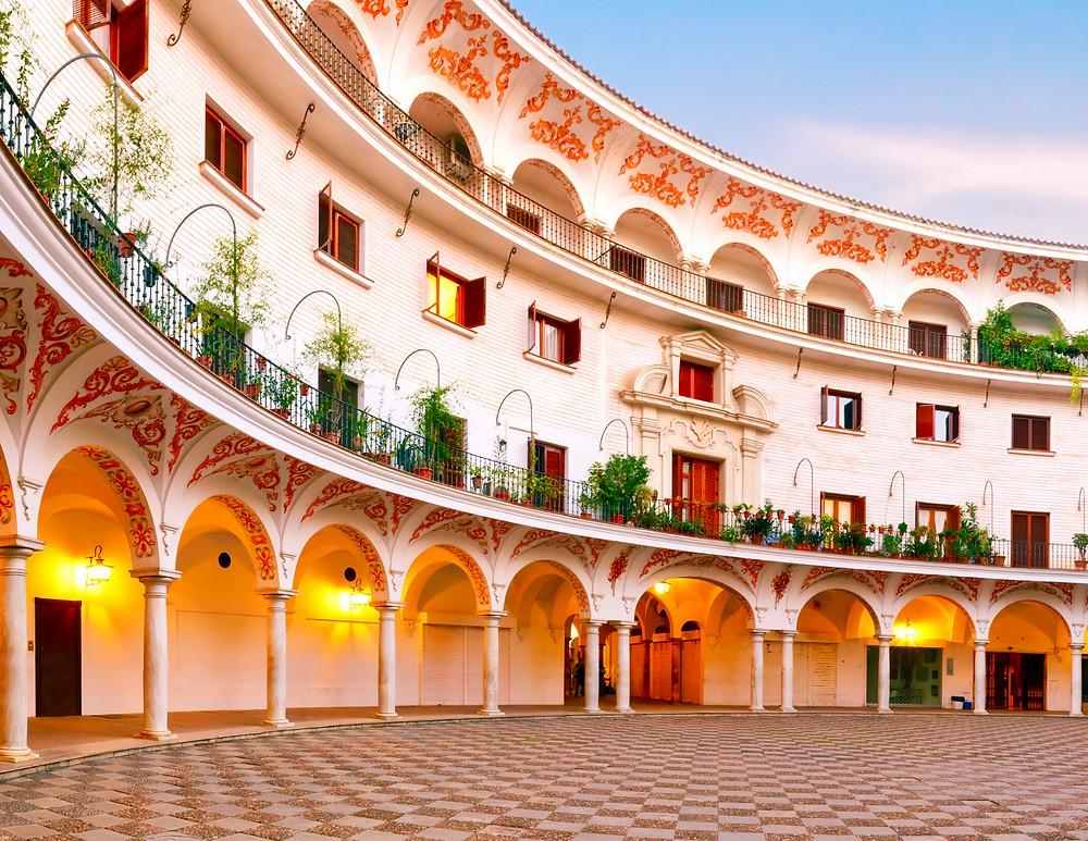 Plaza del Cabildo, a pretty quiet patio near the Seville Cathedral