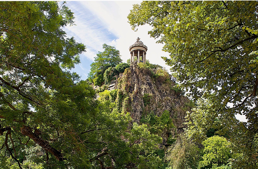 Temple of Sybille in Buttes-Chaumont Park