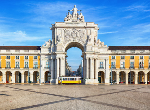 A 4 Day Itinerary for Lisbon Portugal, the Queen of the Sea