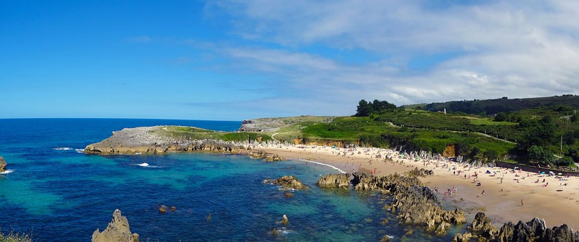 the rocky coastline and beach in LLanes Spain