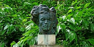 bust of Beethoven in Luxembourg Gardens in Paris