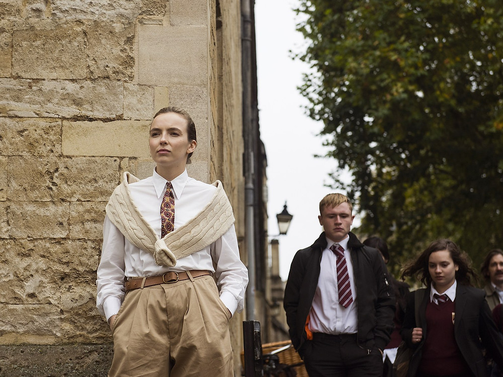 Villanelle stalks Niko at Oxford University