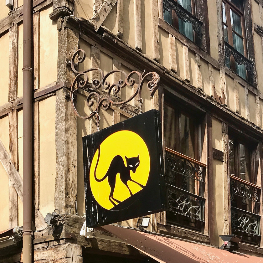 le Chat Noir sign in Troyes France