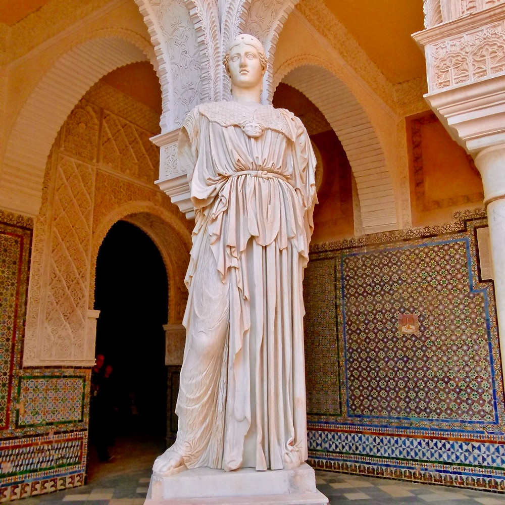 a copy of the Roman statue Pallus Pacifera