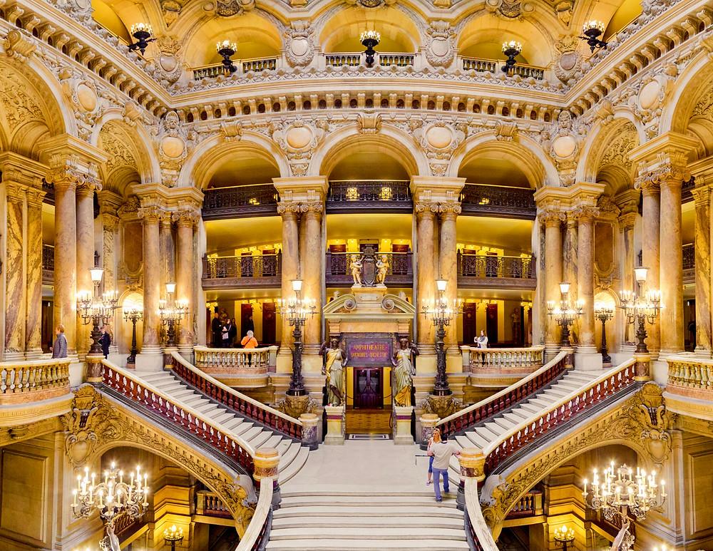 the Opera Garnier, an unmissable site in Paris