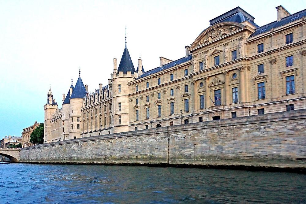 La Conciergerie on the banks of the Seine River