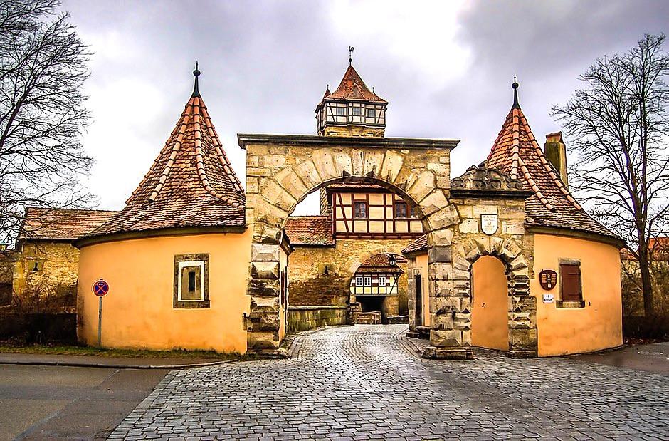 Roder Gate, a fortified city gate in Rothenburg ob der Tauber