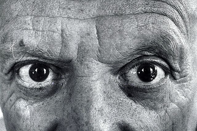 """Picasso's eyes, photographed by Duncan. Rosengart called them """"deep, piercing Spanish eyes"""" that felt like """"arrows"""""""