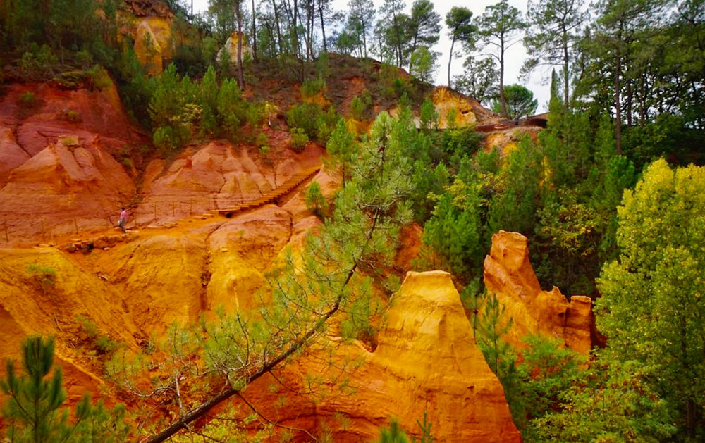 Roussillon's Sentier des Ocres, the Ochre Trail