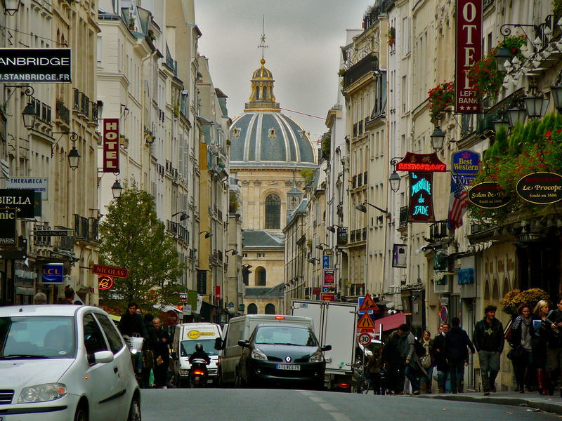 Paris' Rue Mazarine in the 6th arrondissement